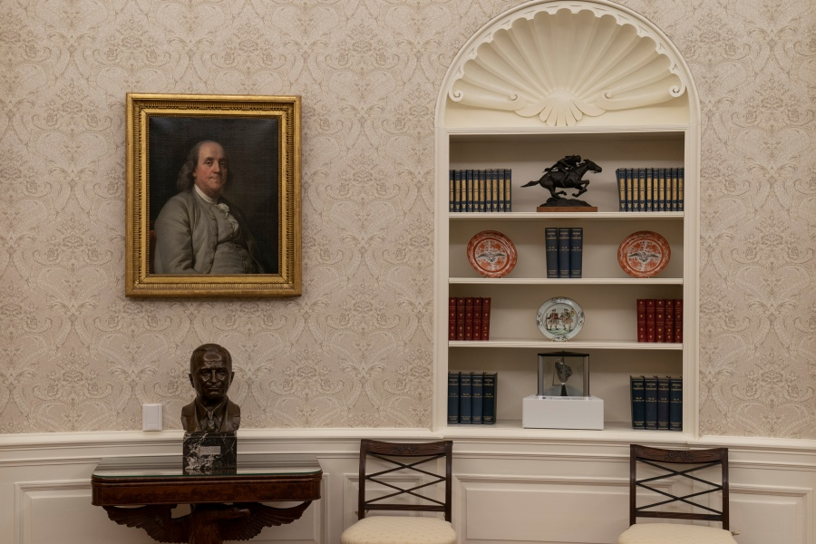 Photos What S Inside Biden S Oval Office Newsnation Now