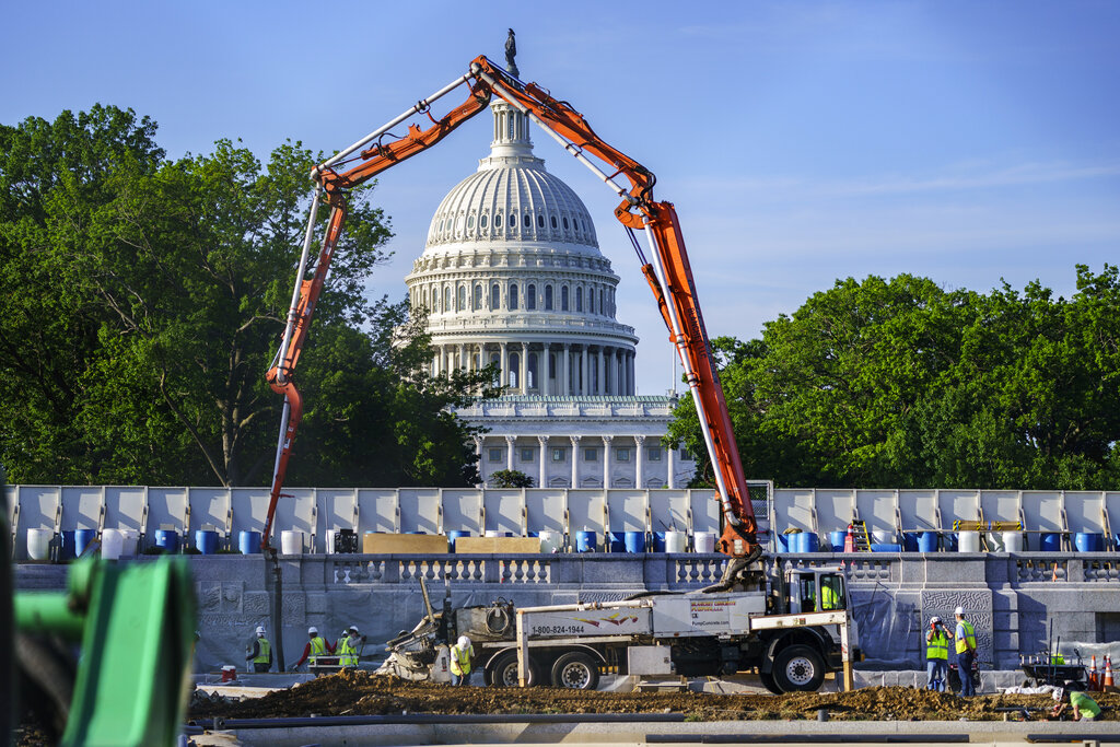 WH proposes lower $1.7T infrastructure proposal
